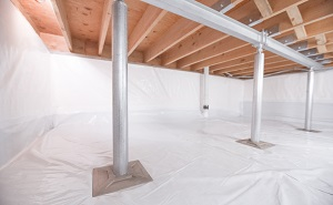 Crawl space structural support jacks installed in Vernal