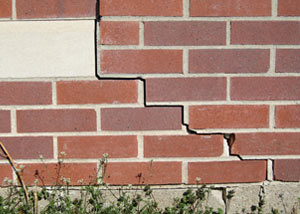 a foundation wall crack on a Spanish Fork home.
